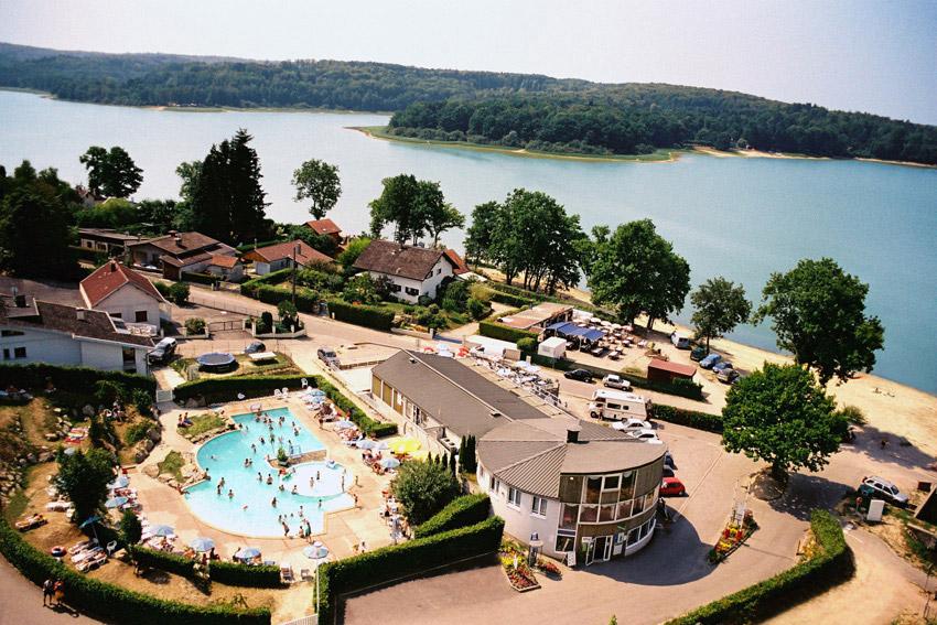 001b Aerienne-Entrée Camping Club Lac de Bouzey web